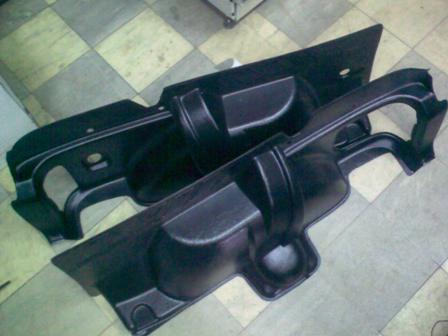 Обшивка багажника 21214 новый образец.
